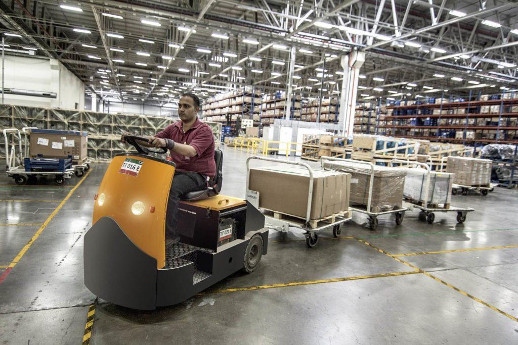 employee warehouse